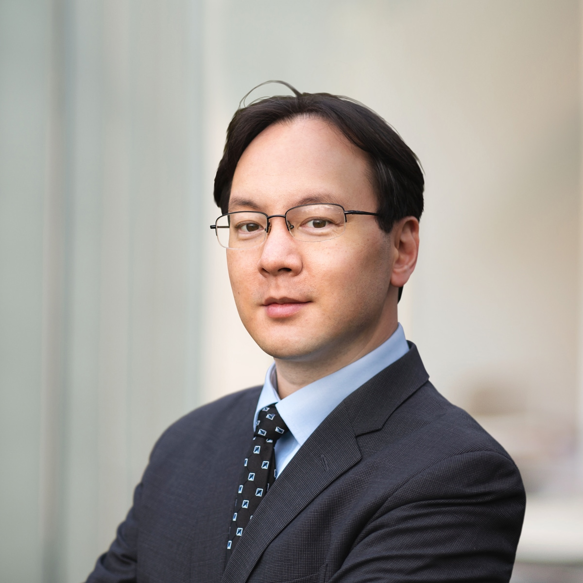 Lawyers specialized in immigration law, Benjamin Hu